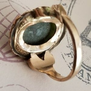 Vintage Jewelry - Vintage Green Jade ring gold filled size 6